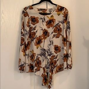 Beautiful fall colored floral blouse